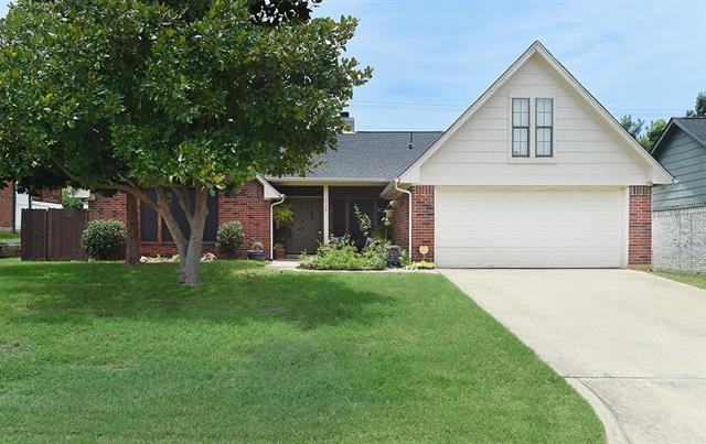 Photo of 2509 Mountainview Drive  Corinth  TX