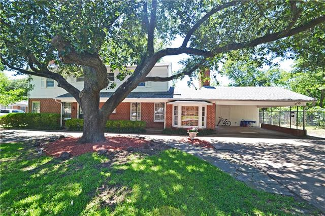 Photo of 2333 Holsum Circle  Greenville  TX
