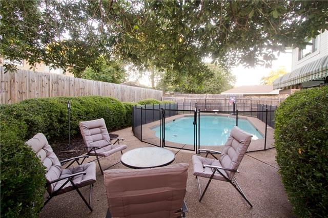 Photo of 211 Country Lane  Euless  TX