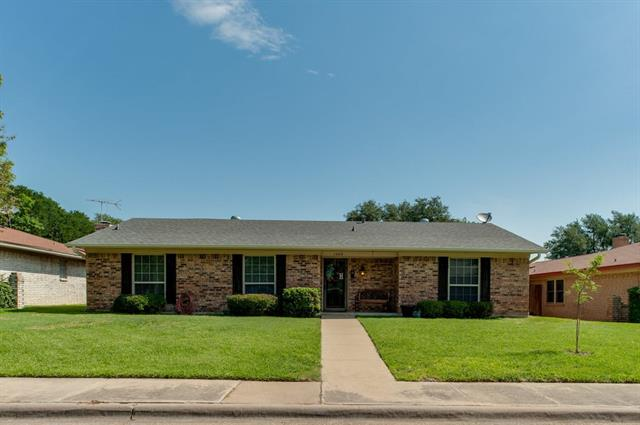Photo of 1409 Evergreen Drive  Lewisville  TX