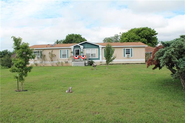 Photo of 112 Woolard Drive  Alvarado  TX