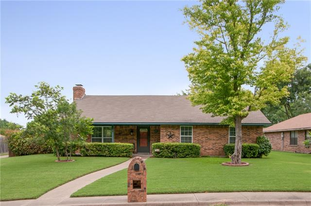 Photo of 1802 Crystal Springs Drive  Duncanville  TX