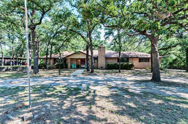 Photo of 109 El Colina Road  Weatherford  TX