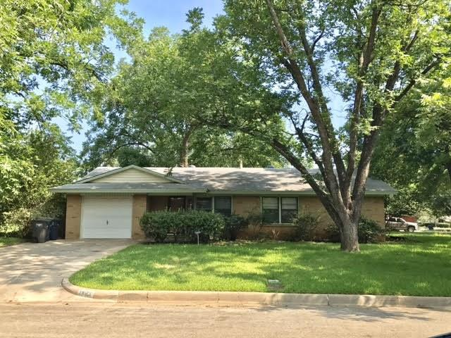 Photo of 1033 E Gambrell Street  Fort Worth  TX