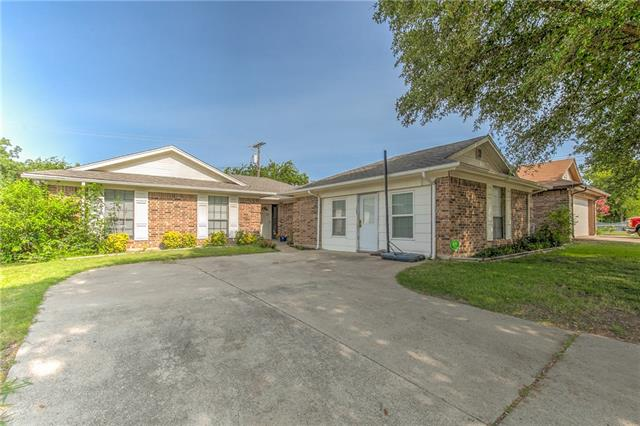 Photo of 7904 Gladewater Drive  Fort Worth  TX