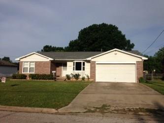 Photo of 1103 Magnolia Street  Gainesville  TX