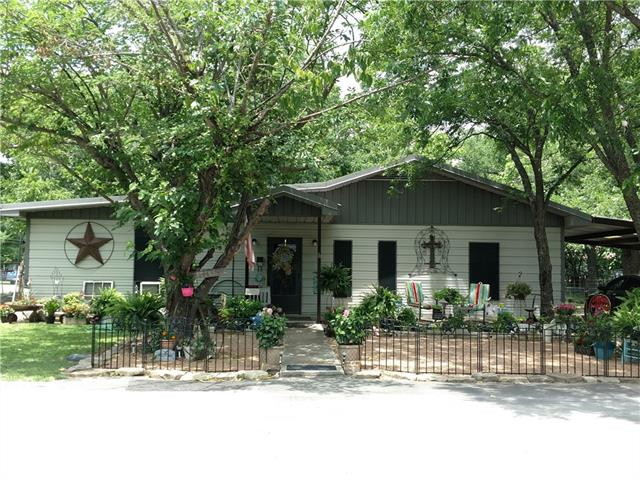 Photo of 801 E 14th Street  Bonham  TX