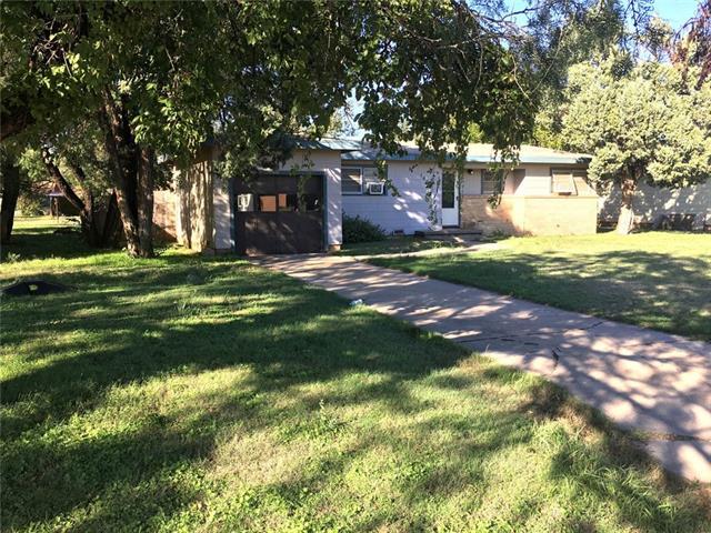 Photo of 1403 Hudson Road  Stamford  TX