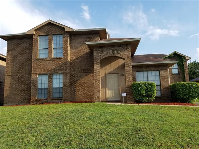 Photo of 712 Cresent Drive  DeSoto  TX