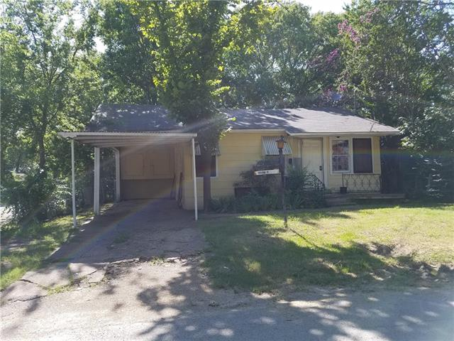 Photo of 1103 Pine Street  Bonham  TX