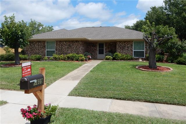 Photo of 1609 Rocky Point Drive  Lewisville  TX