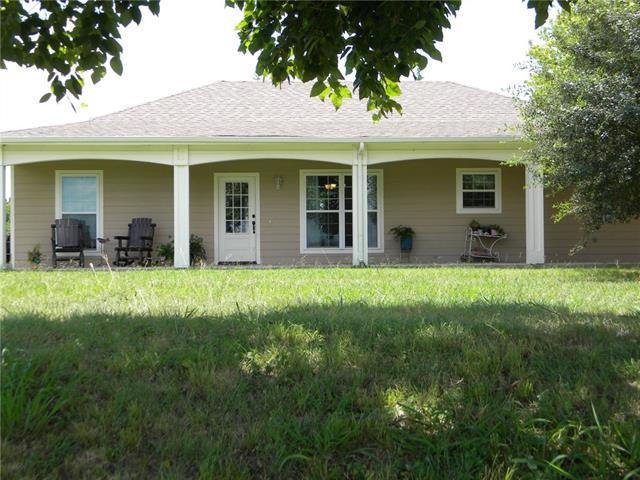 Photo of 4661 County Road 3411  Lone Oak  TX