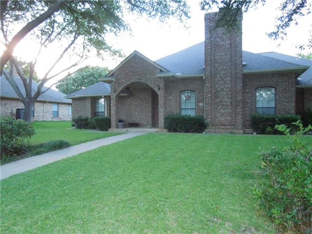 Photo of 1111 Fawn Ridge Drive  Duncanville  TX