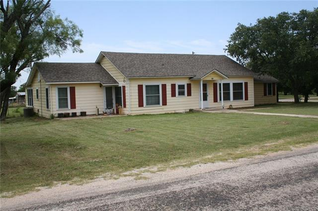 Photo of 325 N Avenue E  Cross Plains  TX