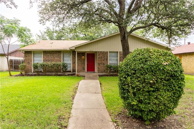 Photo of 3017 Lockwood Circle  Carrollton  TX