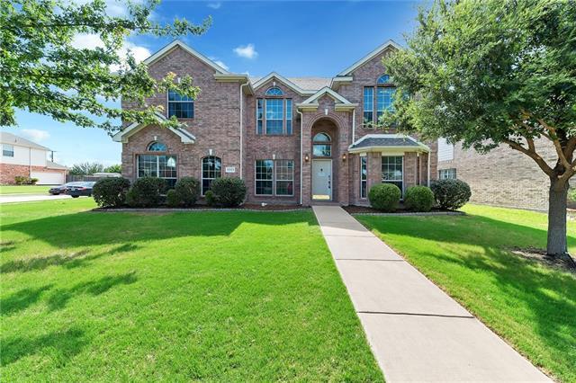 5243 Woodfield Drive Grand Prairie, TX 75052
