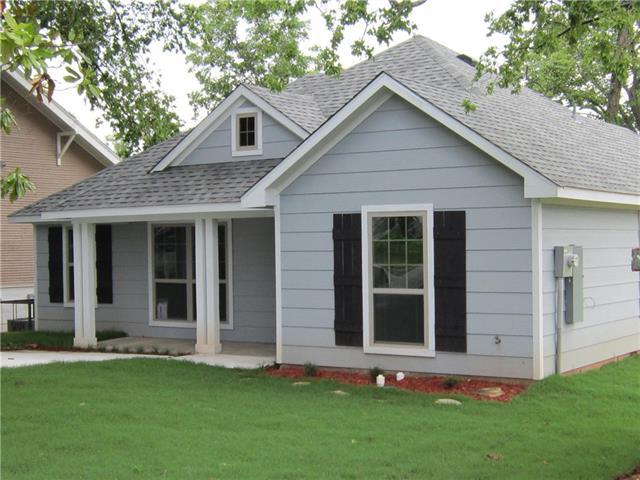 Photo of 424 E Woodard Street  Denison  TX