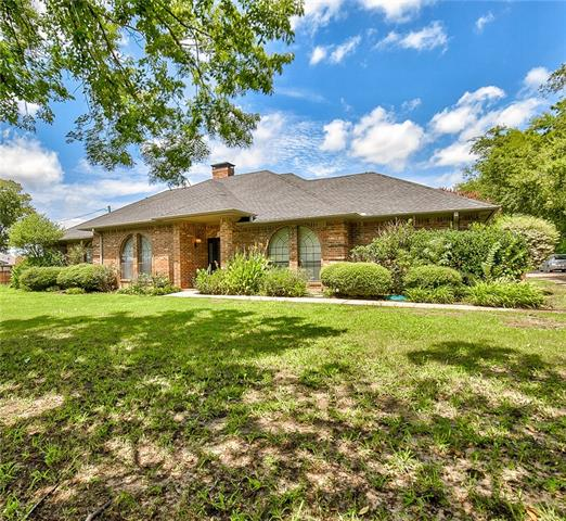 Photo of 206 W Cottonwood Street  Leonard  TX