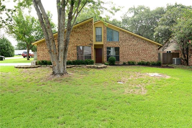 Photo of 1801 Dundee Drive  Corinth  TX