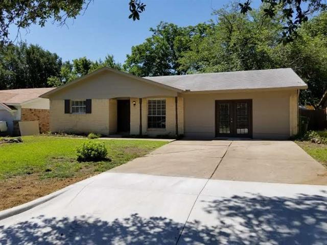 Photo of 2804 E Mitchell Street  Arlington  TX