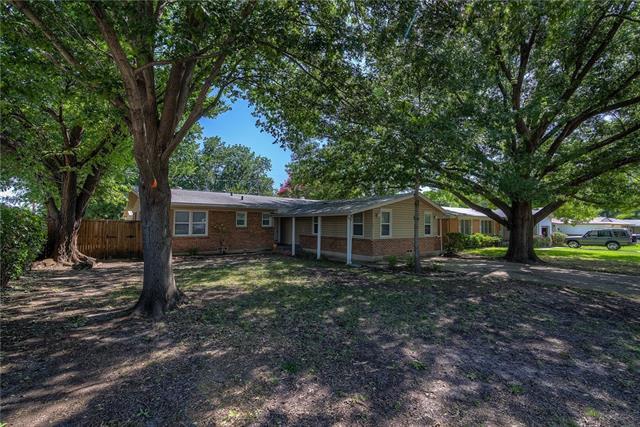 Photo of 11382 Rupley Lane  Dallas  TX
