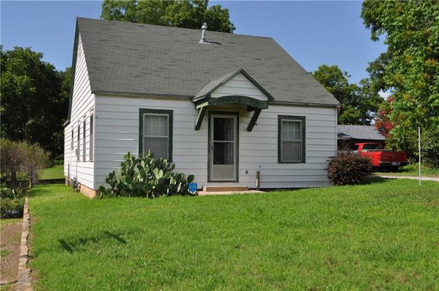 Photo of 610 W Ball Street  Weatherford  TX