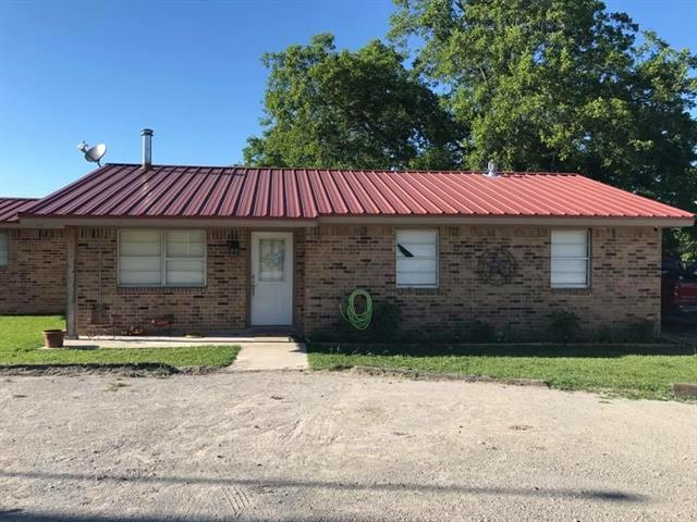 Photo of 504 W Clay Street  Montague  TX