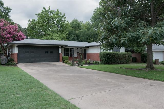 Photo of 1112 Valley View Drive  Hurst  TX