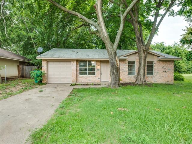 Photo of 830 Marigold Drive  Cedar Hill  TX