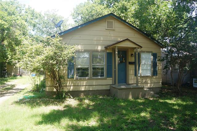 Photo of 1081 W Shirley Street  Stephenville  TX