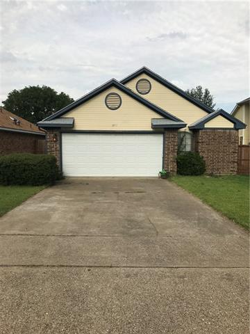 Photo of 939 Boxwood Drive  Lewisville  TX