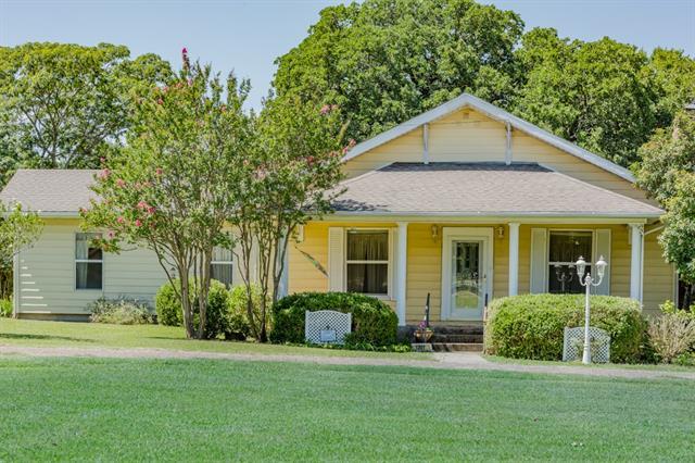 Photo of 1207 N Melba Doyle Park Road  Decatur  TX