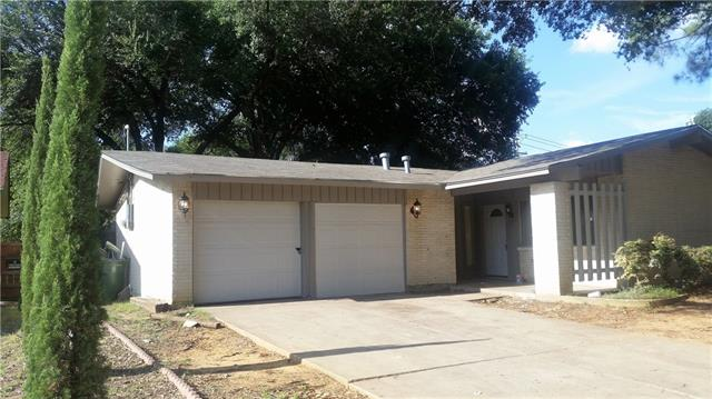 Photo of 1419 Montclair Street  Arlington  TX