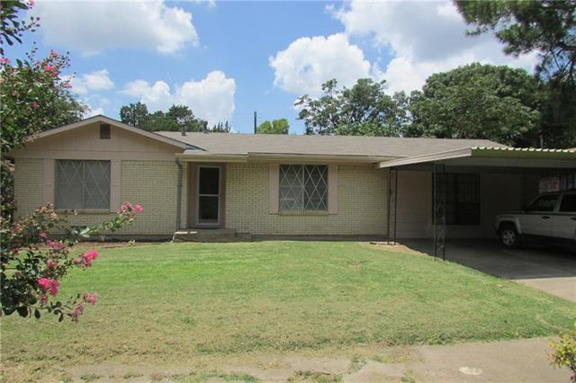 Photo of 1607 Virginia Place  Cleburne  TX