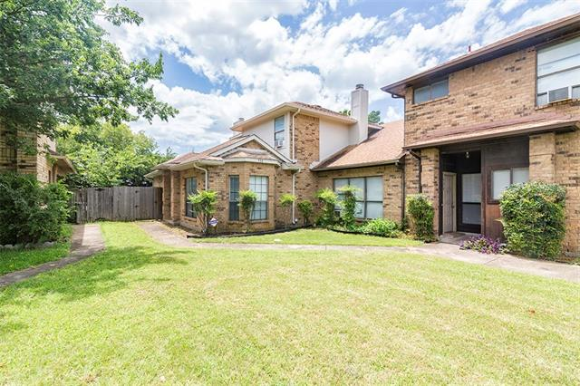 Photo of 732 Cresent Drive  DeSoto  TX