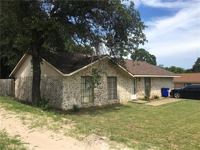Photo of 853 Hill Place  Azle  TX
