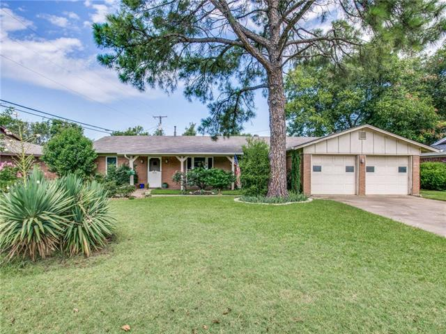 Photo of 4704 South Drive  Fort Worth  TX
