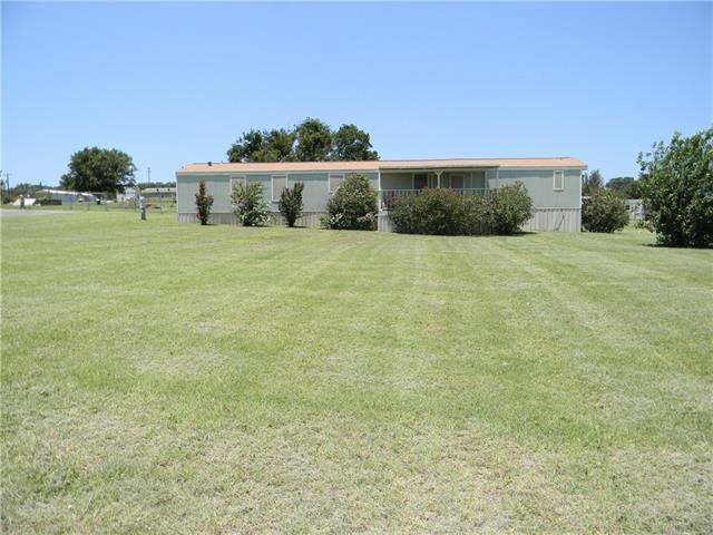 Photo of 211 Creekview Meadows Court  Springtown  TX
