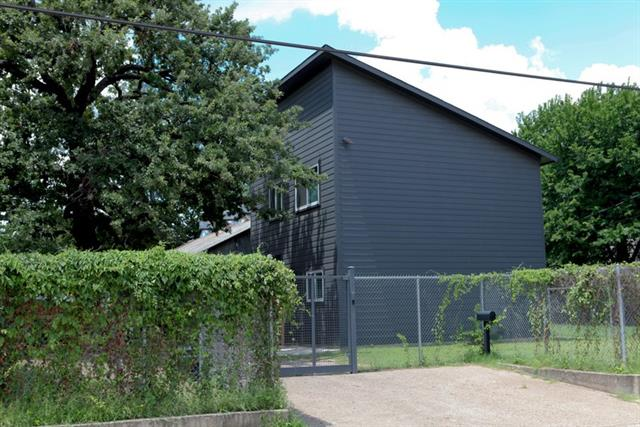 Photo of 1811 Browder Street  Dallas  TX
