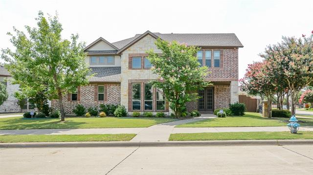 6304 Creek Bluff Court, Sachse, Texas