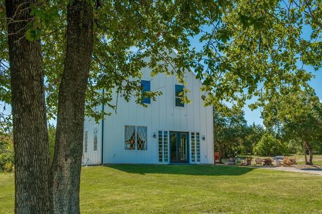 Photo of 1131 Redbud Lane  Annetta  TX