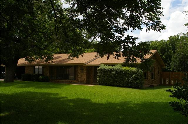 Photo of 108 E Funeral Home Drive  Meridian  TX