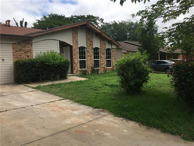Photo of 845 Lexington Drive  Lancaster  TX