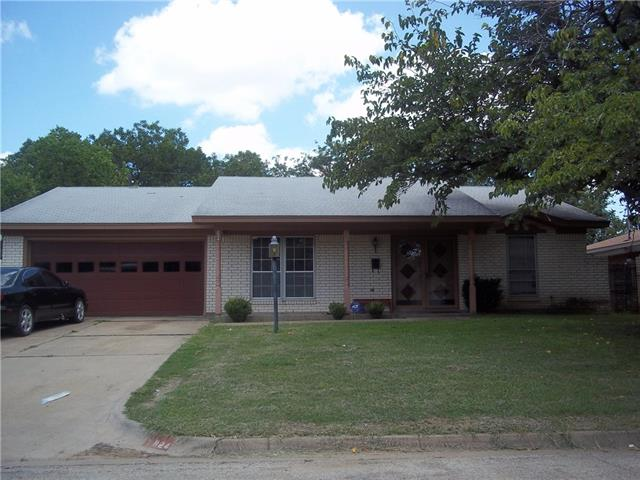 Photo of 824 Kelley Drive  Everman  TX