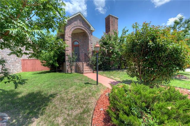 Photo of 1743 Creekbend Drive  Lewisville  TX