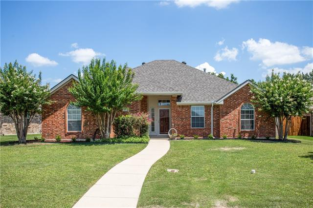 Photo of 209 Aster Drive  Sanger  TX