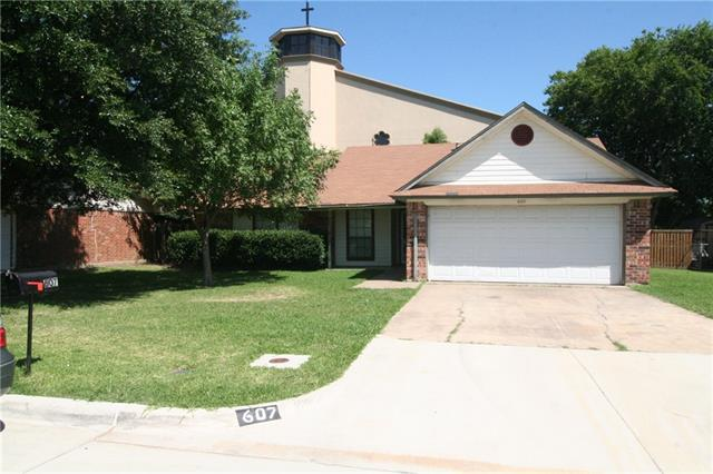 Photo of 607 Stell Avenue  Mansfield  TX
