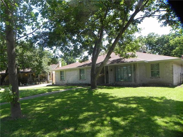 Photo of 710 Markwood Drive  Duncanville  TX