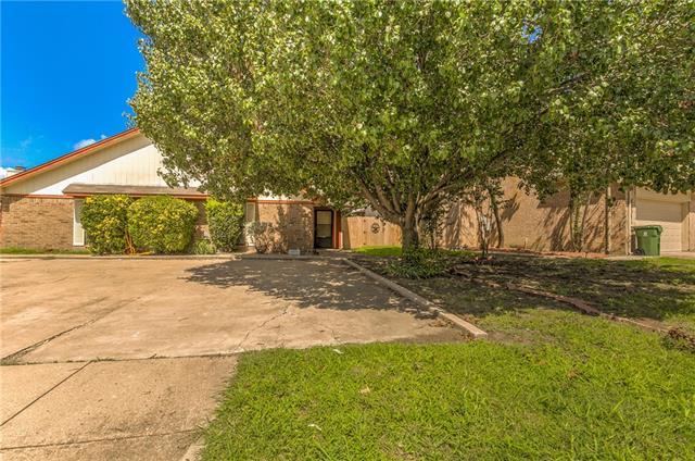 Photo of 5908 Tinsley Drive  Arlington  TX