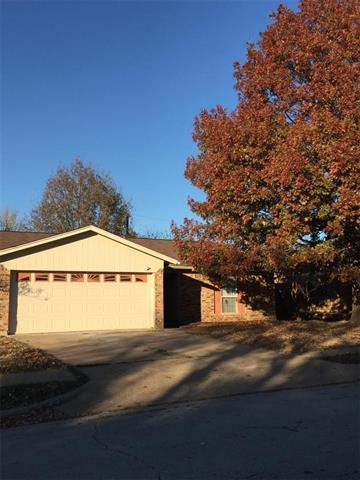 Photo of 6013 OAK HILL Road  Watauga  TX